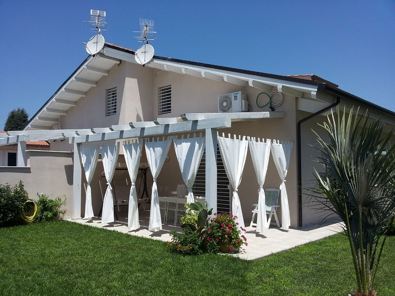 Villino delle Camelie, holiday rental in Colonia Elena