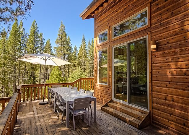 Chic Truckee Retreat w/ Tahoe Donner Access - Stay & Play!, vacation rental in Truckee