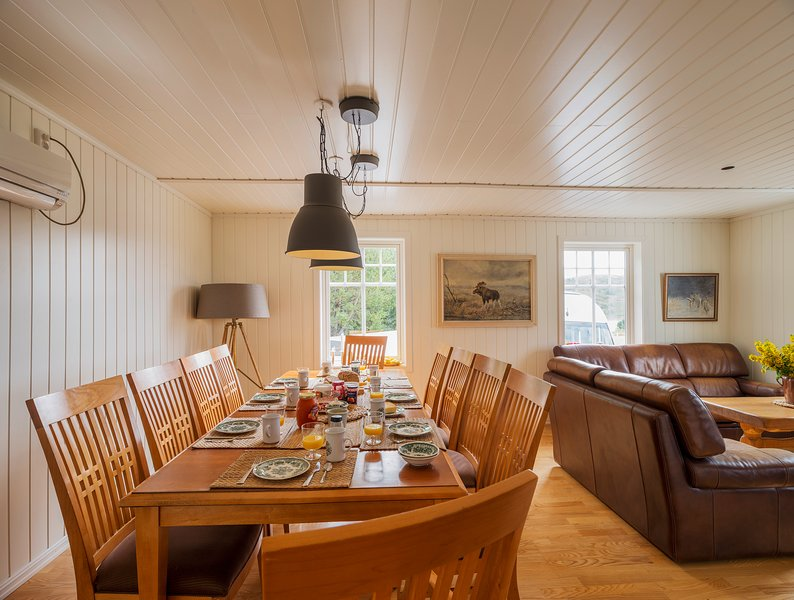 The White House (Boot inkl.) / Tjongsfjord Lodge, holiday rental in Nordland