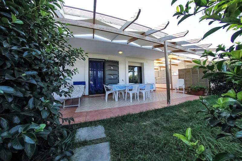 ARIES CASE VACANZA  2/8 pl.- gallipoli-mancaversa, vacation rental in Gallipoli