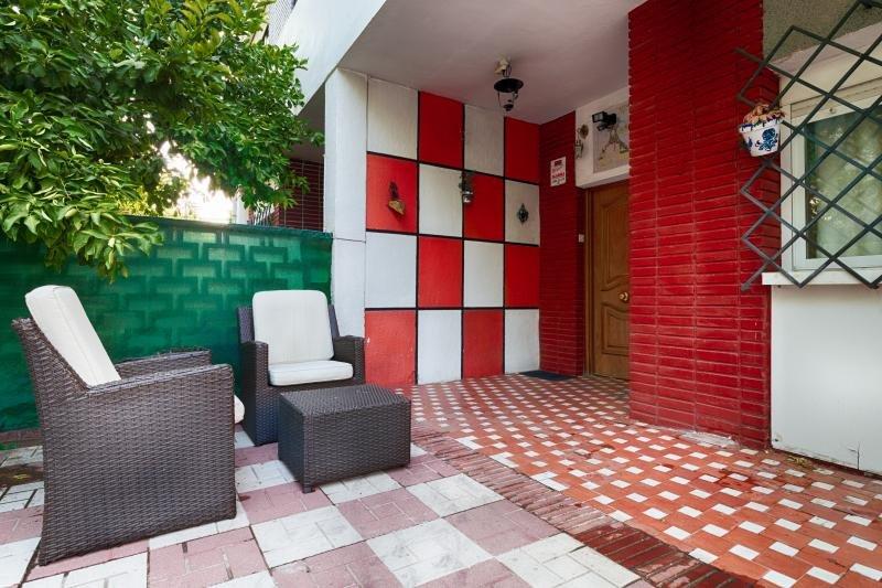 Casa 10-12 Personas Granada centro Parking Propio., holiday rental in Armilla