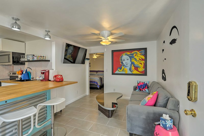 Your Winslow vacation begins at this newly renovated apartment!