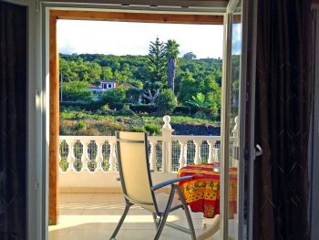 Apartment 3 with mountain & sea view in Casa Laura, holiday rental in El Tanque