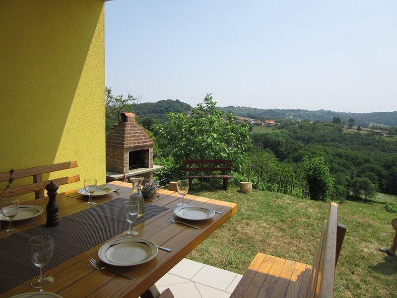Holiday home 'Fijolica', holiday rental in Strigova