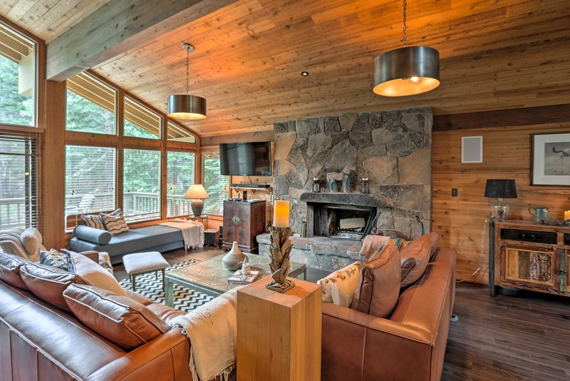 Book this incredible vacation rental cabin today!