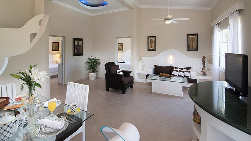 Residence Suites one bedroom. By Lifestyle, holiday rental in Maimon