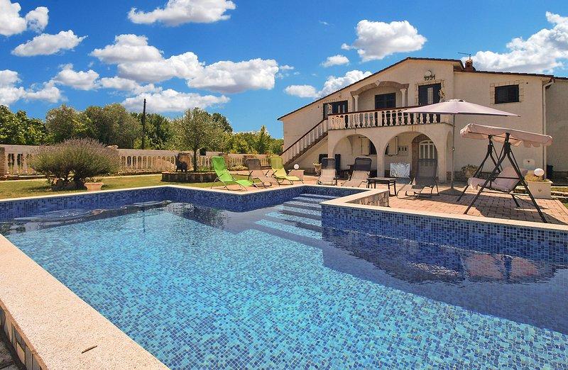 Apartment 16502, holiday rental in Galizana