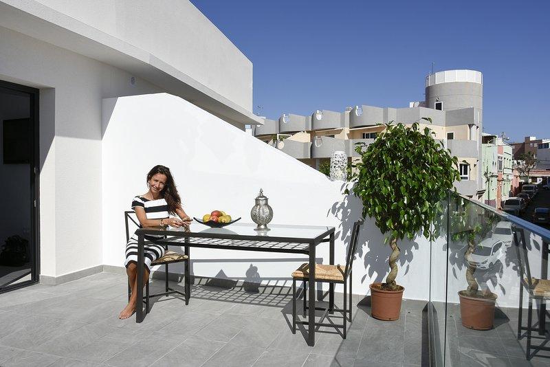 Pura Vida Beach Suite 2A, casa vacanza a Arguineguin
