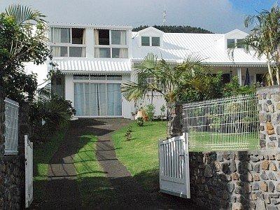 Spacious house with sea view, alquiler vacacional en La Plaine des Cafres