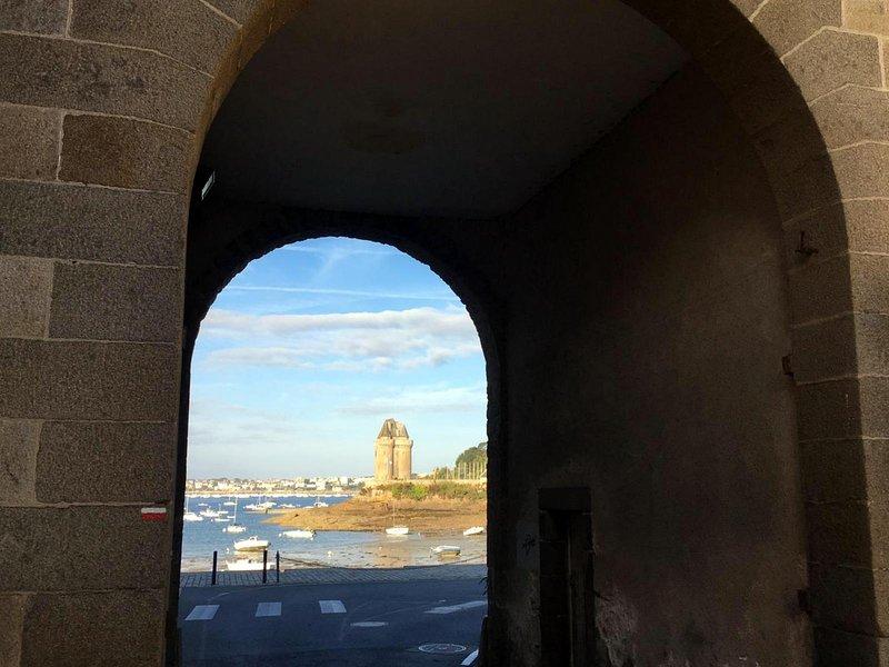 Saint Malo - Solidor, appartement à 50 m de la mer, vakantiewoning in Ille-et-Vilaine