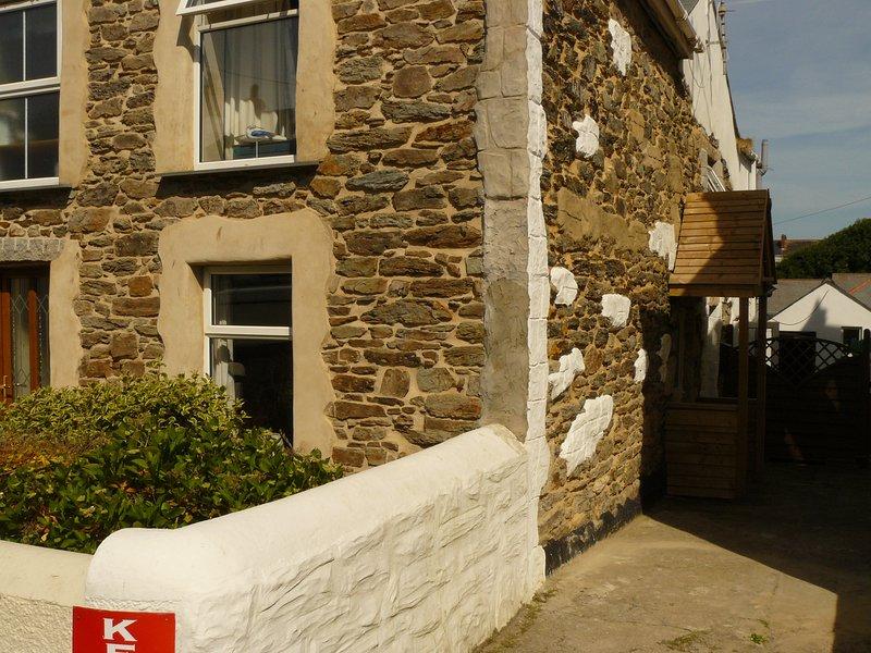 Arrowvean Cottage, holiday rental in Gweek