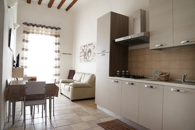 Lido Stazzone Home, vacation rental in Cartabubbo