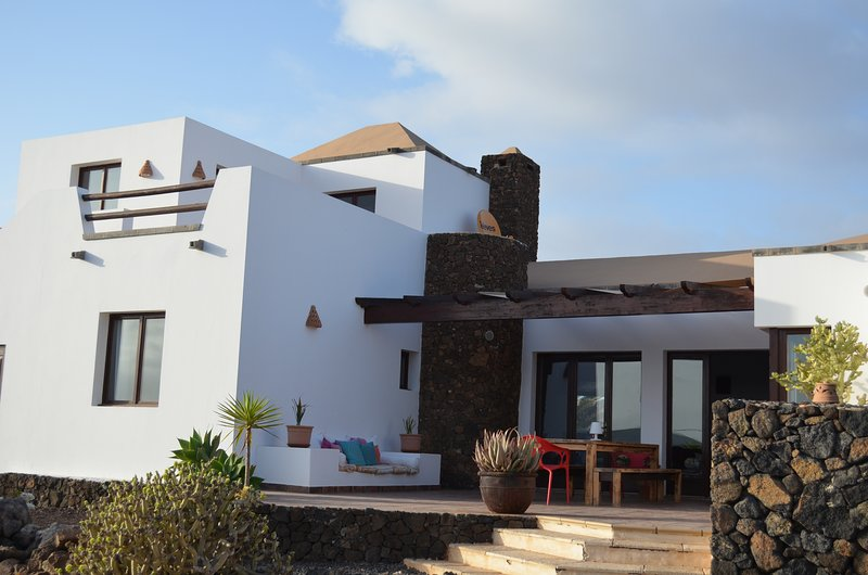 Beautiful villa with private pool in Lajares, holiday rental in Lajares