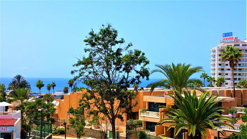 Playa de las americas sea views ii updated 2019 for Decor international tenerife