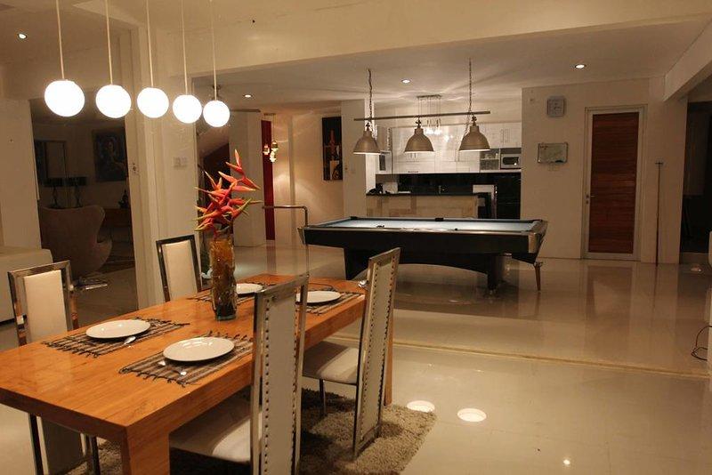 Villa Hati Indah ( Double Room 5 w/2 Double Bed), holiday rental in Tabanan