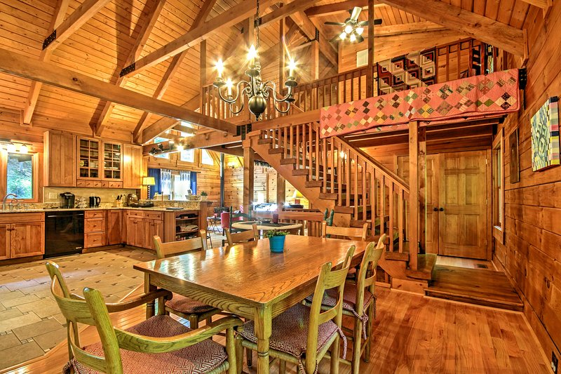 Escape to Virginia and stay at 'Owl Lodge!'
