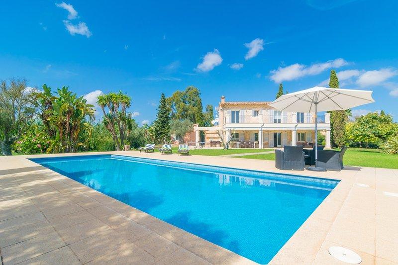 FINCA CANYAMEL BEACH & GOLF - Villa for 10 people in Capdepera, location de vacances à Capdepera