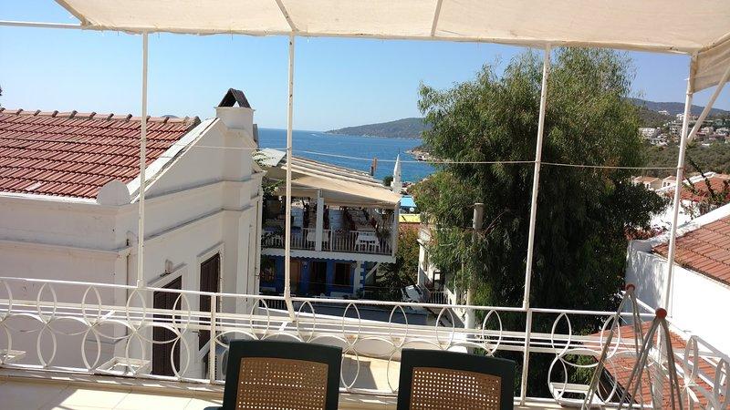 Die Terrasse mit Meerblick (5 Minuten zum Strand zu Fuß)
