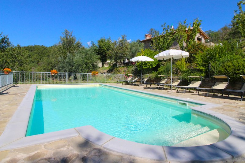Gello Biscardo Apartment Sleeps 6 with Pool - 5490494, holiday rental in Bagnena