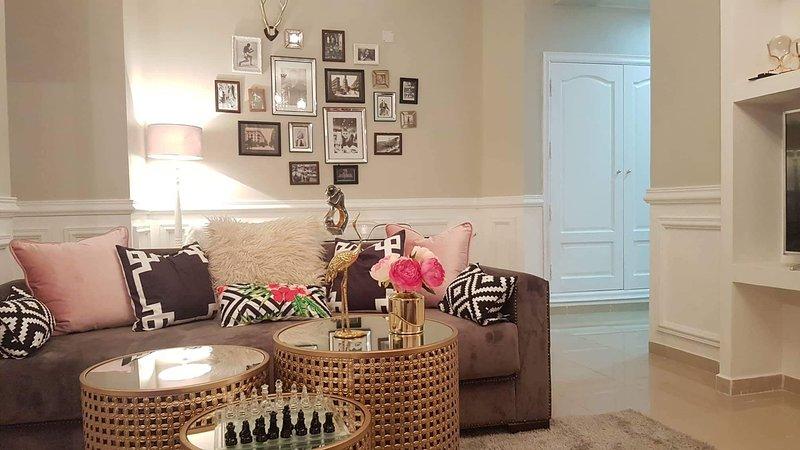 Bel et confortable appartement à Alger El Achour, vacation rental in Alger Centre