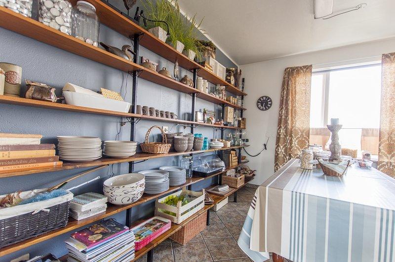 Bitra Guesthouse - Single Room w. shared bathroom, aluguéis de temporada em Eyrarbakki