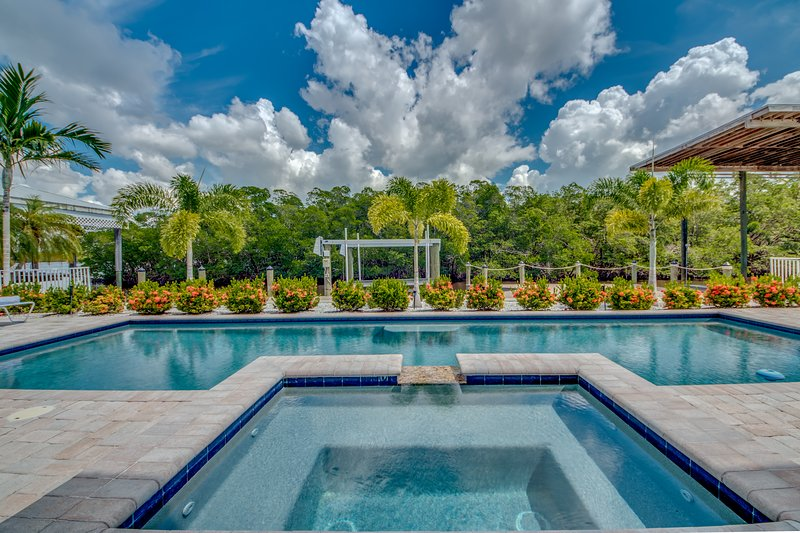 Villa Blue Heron II - Roelens Vacations, vacation rental in Fort Myers Beach
