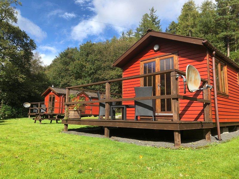 HAWTHORN LODGE | Riverside Lodge near Pucks Glen Dunoon Argyll, Ferienwohnung in Dunoon