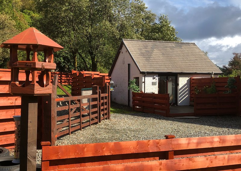 THE WEE LUDGING | Deluxe Lodging near Pucks Glen Dunoon Argyll, location de vacances à Dunoon
