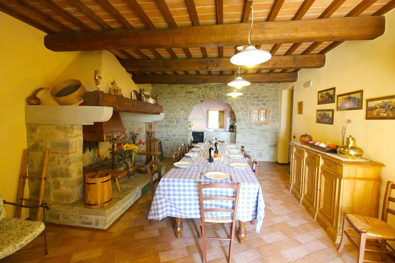 CASAVECCHIA, holiday rental in Bagnena