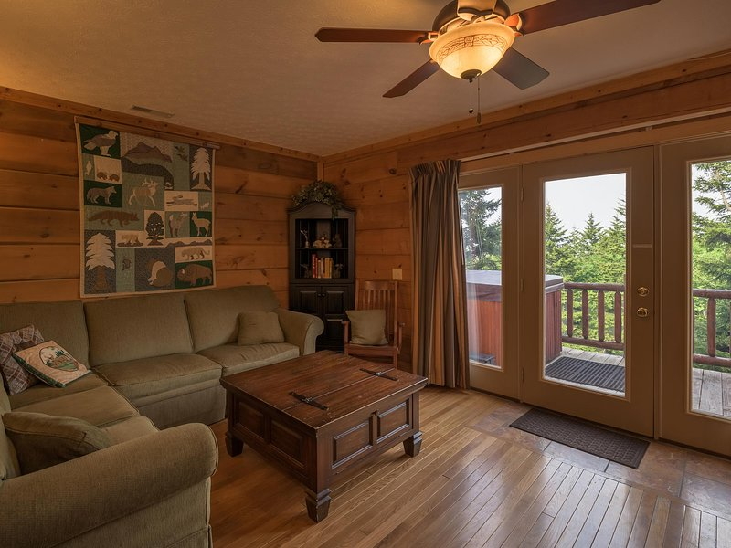 Loggers Run # 14:   Ski In / Ski Out.   4 Bedrooms.   2.5 Baths.  Private heated outdoor hot tub on deck overlooking the ski trail.