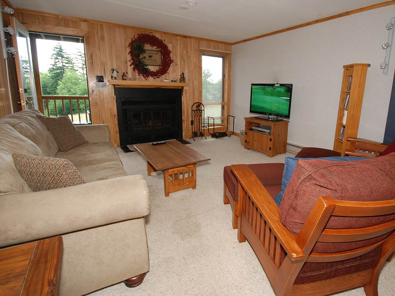 Powderidge 31: 2 Bedrooms, 2 Full Baths. Ski In/Ski Out on novice terrain.