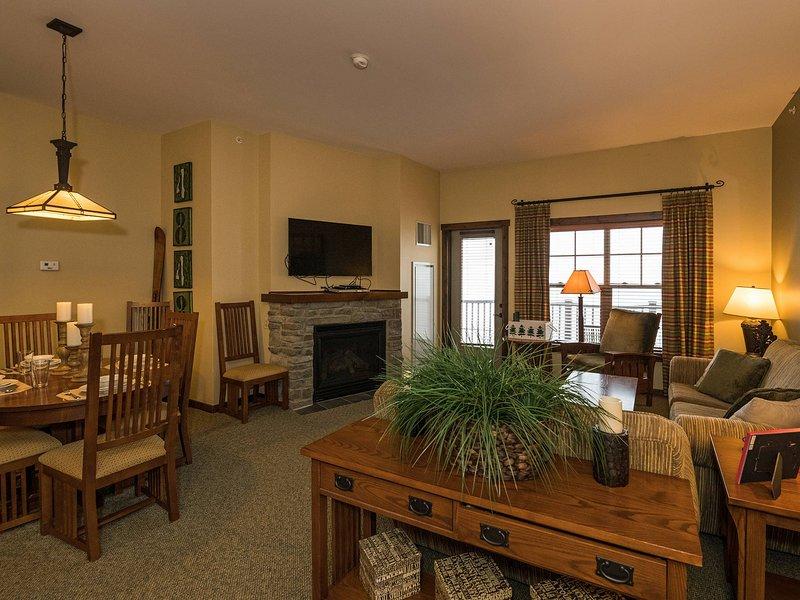 Soaring Eagle Lodge # 406: Enjoy a Kid-Friendly 2 Bedroom. Ski in / ski-out. Eindeloze uitzichten op de bergtop.