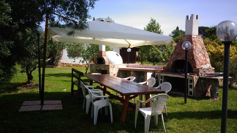 casa sesine, Ferienwohnung in Girasole