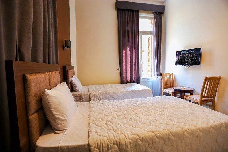 Valencia Hotel Single 2, holiday rental in Shubra Al Khaymah