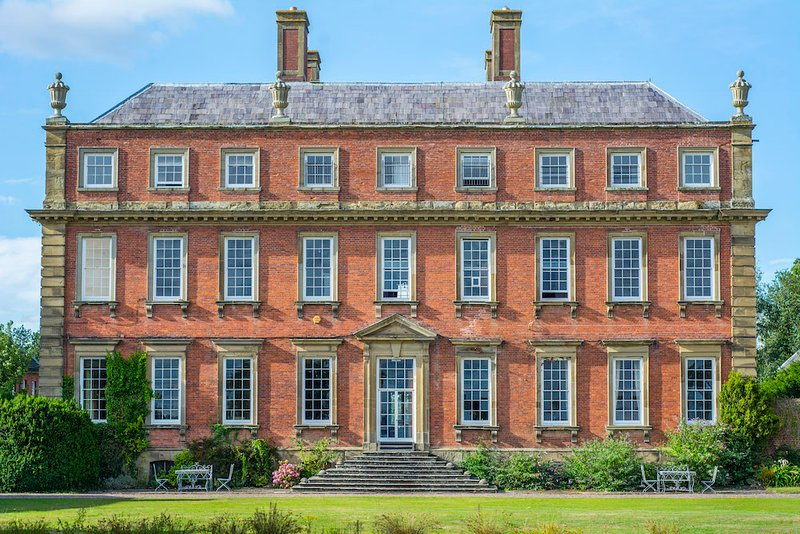 The Cottages at Grade 1 Country House Davenport House, Shropshire, vacation rental in Wombourne
