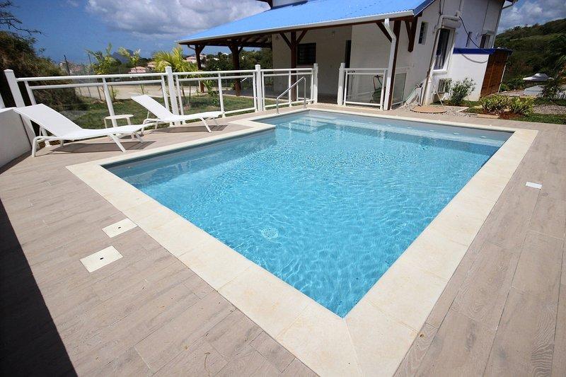 Secure pool Villa Stone in Sainte Luce, Martinique