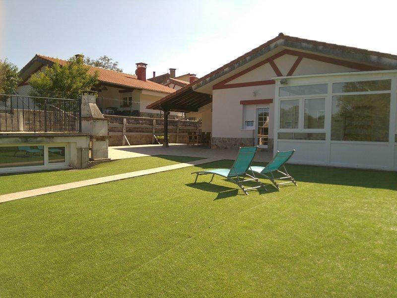 La Casuca de Sanma, chalet con piscina, tranquilidad, casa vacanza a Regules