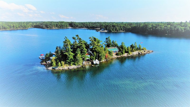 Private Island in Sans Souci, Spider Bay, Georgian, holiday rental in Seguin Township