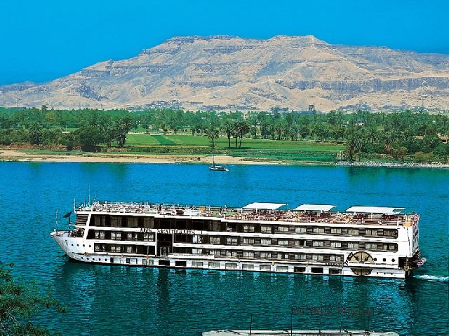 Nile Cruise Luxor and Aswan, vacation rental in Nile River Valley