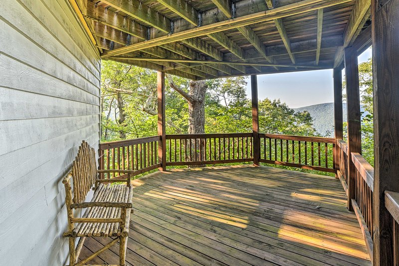 Mountain views, 2 decks, and a to-die-for location make this home an ideal stay!
