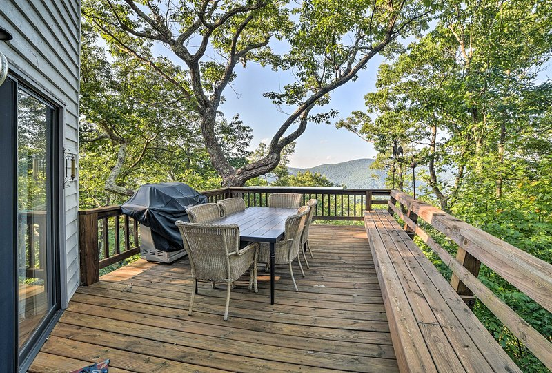 Soak in the spectacular mountain views from the home's expansive deck.