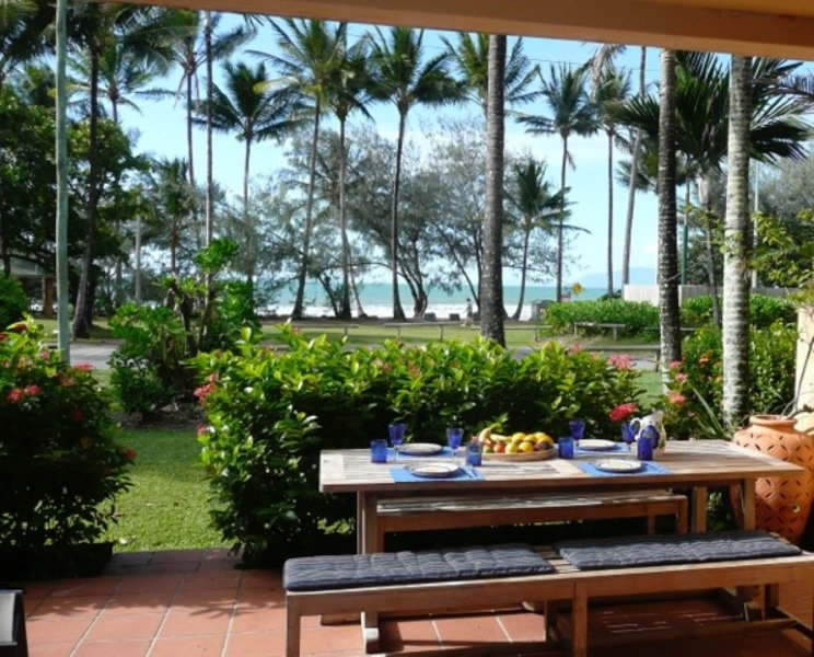 Outdoor dining overlooking Four Mile Beach