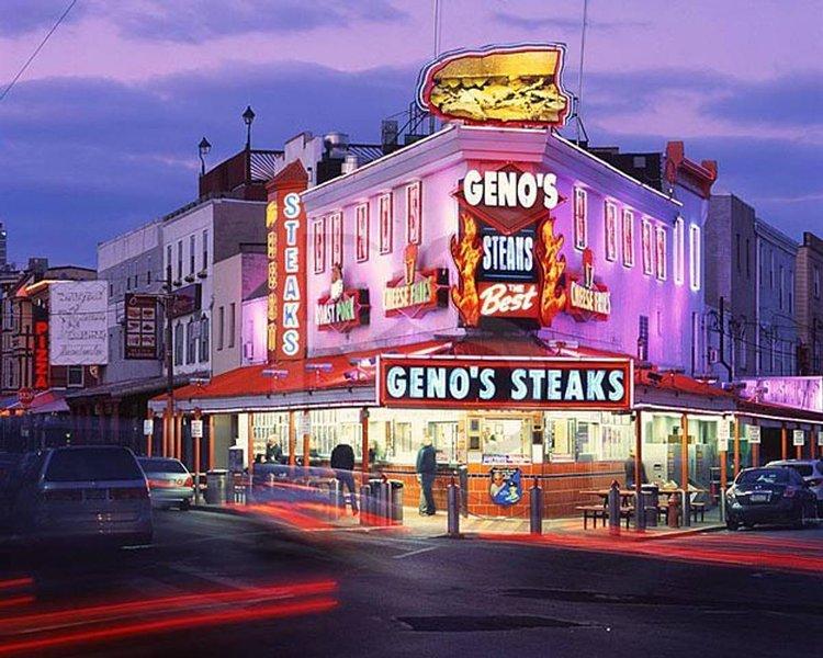 Genos cheesesteaks - 2 min promenad