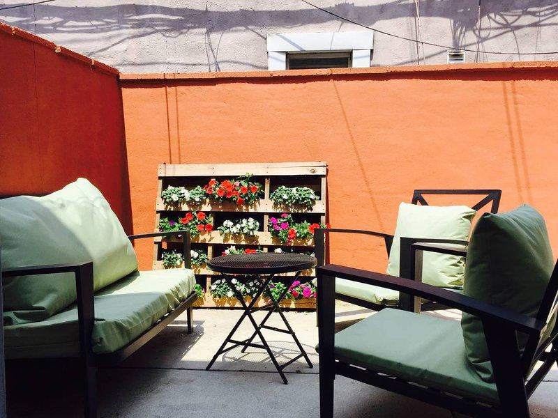 Charming Home in Foodies Paradise - East Passyunk, aluguéis de temporada em Williamstown