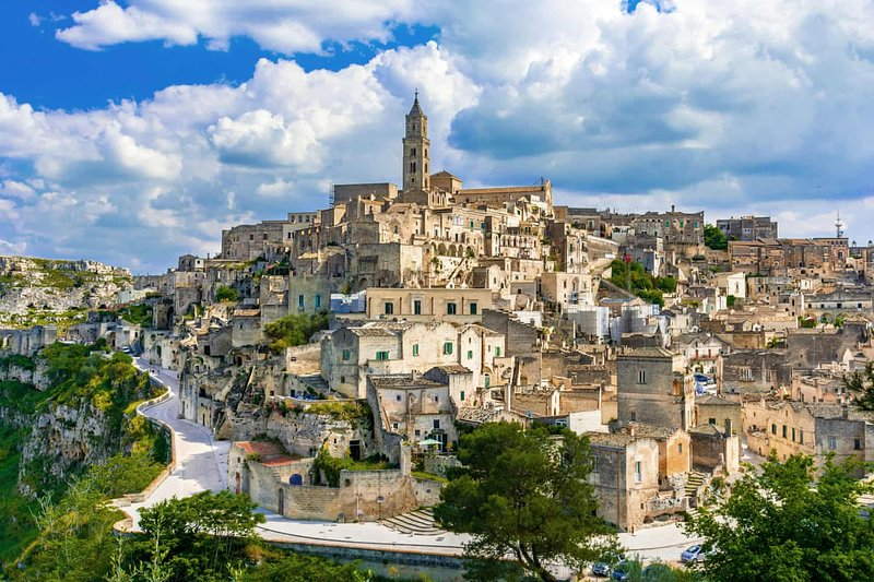 web photograph of Matera, Basilicata.