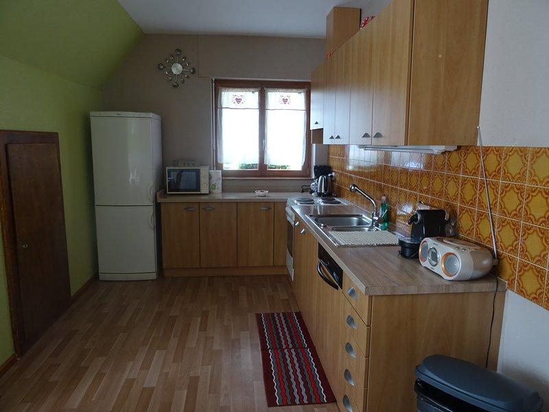 La cuisine et ses nombreux équipements pour préparer vos petits plats.