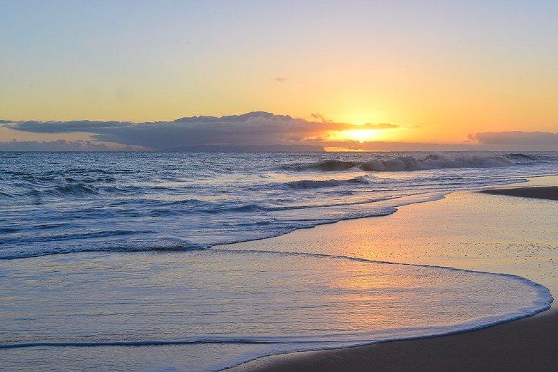 Sunset Over Niihau!