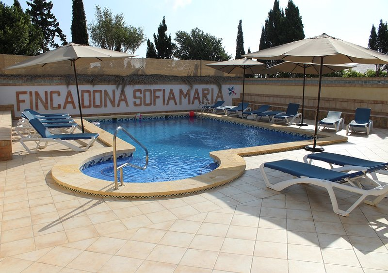 Finca Doña Sofia Maria. Casa para 4 pers., piscina comun., ideal para familias!, location de vacances à San Pedro del Pinatar