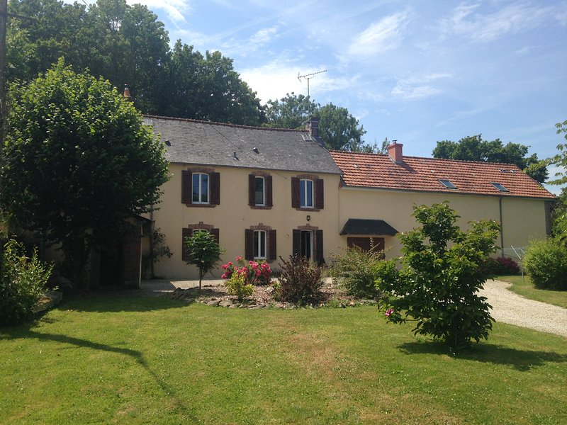 GITE LA BRIQUETERIE, vacation rental in Cerisy-la-Foret