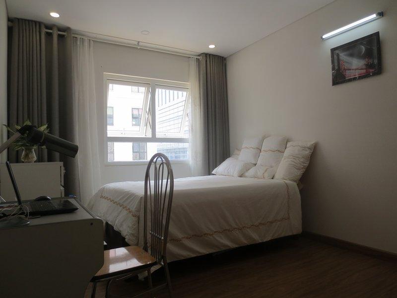 Queen-Size Luxury bed